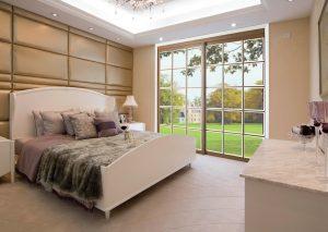 הדמיית חדר עם דלת הזזה שקופה גדולה לבחוץ